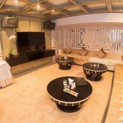 Отель Dalat Palace Далат в номере