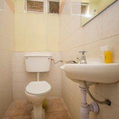 Отель Jumuia Guest House Nakuru Кения, Накуру - отзывы, цены и фото номеров - забронировать отель Jumuia Guest House Nakuru онлайн ванная