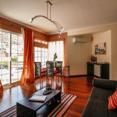 Отель Casas Da Avenida E Do Pico Машику комната для гостей фото 4