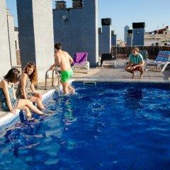 Отель Residencia de estudiantes Onix бассейн фото 2