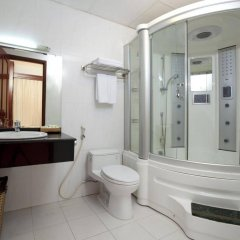 Отель Victory Saigon Hotel Вьетнам, Хошимин - отзывы, цены и фото номеров - забронировать отель Victory Saigon Hotel онлайн ванная фото 2