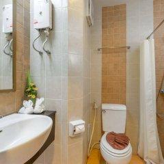 Отель Au Thong Residence ванная фото 2