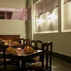 Отель Galway Forest Lodge Hotel Nuwara Eliya Шри-Ланка, Нувара-Элия - отзывы, цены и фото номеров - забронировать отель Galway Forest Lodge Hotel Nuwara Eliya онлайн питание