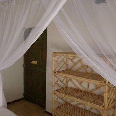 Отель Dunes Unawatuna Hotel Шри-Ланка, Унаватуна - отзывы, цены и фото номеров - забронировать отель Dunes Unawatuna Hotel онлайн сейф в номере
