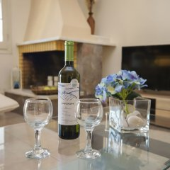 Отель Philoxenia Family Suite Греция, Корфу - отзывы, цены и фото номеров - забронировать отель Philoxenia Family Suite онлайн гостиничный бар