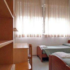 Отель Casa per Ferie Opera Don Calabria Италия, Рим - 1 отзыв об отеле, цены и фото номеров - забронировать отель Casa per Ferie Opera Don Calabria онлайн комната для гостей фото 5