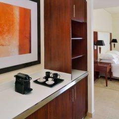 Отель Delta by Marriott Jumeirah Beach удобства в номере
