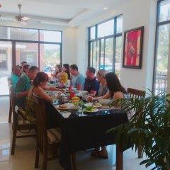 Отель Santa Villa Hoi An питание
