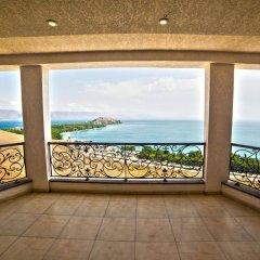Отель Cross Sevan Villa Армения, Севан - отзывы, цены и фото номеров - забронировать отель Cross Sevan Villa онлайн пляж фото 2