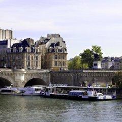 Отель Hôtel des ducs de Bourgogne Париж приотельная территория