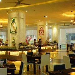 Отель Golden Peak Resort & Spa Камрань питание