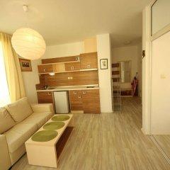 Отель Menada Rainbow Apartments Болгария, Солнечный берег - отзывы, цены и фото номеров - забронировать отель Menada Rainbow Apartments онлайн комната для гостей фото 4