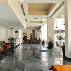 Отель Twin Peaks Sukhumvit Suites Бангкок интерьер отеля фото 3