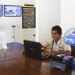 Отель Meeru Island Resort & Spa Мальдивы, Остров Фуранафуши - 10 отзывов об отеле, цены и фото номеров - забронировать отель Meeru Island Resort & Spa онлайн фитнесс-зал фото 2