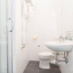Отель Royal Resort Apartments Puchsbaumgasse Австрия, Вена - отзывы, цены и фото номеров - забронировать отель Royal Resort Apartments Puchsbaumgasse онлайн ванная