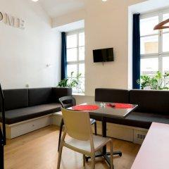 Отель Dice Apartments Венгрия, Будапешт - отзывы, цены и фото номеров - забронировать отель Dice Apartments онлайн комната для гостей фото 2