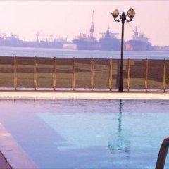 Blue Marine Hotel Турция, Стамбул - отзывы, цены и фото номеров - забронировать отель Blue Marine Hotel онлайн бассейн фото 2