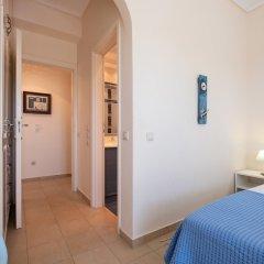 Отель Santorini Mystique Garden Греция, Остров Санторини - отзывы, цены и фото номеров - забронировать отель Santorini Mystique Garden онлайн сейф в номере