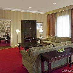 Отель Delta Hotels by Marriott Toronto East Канада, Торонто - отзывы, цены и фото номеров - забронировать отель Delta Hotels by Marriott Toronto East онлайн комната для гостей фото 3
