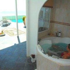 Отель Aeolos Studios and Suites ванная