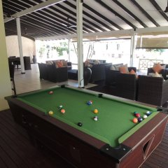 Hotel La Roussette гостиничный бар