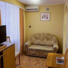Гостиница Спутник Стандартный номер с двуспальной кроватью фото 5