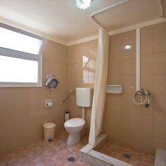 Lena Hotel ванная