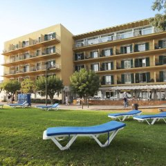 Отель Prestige Coral Platja Испания, Курорт Росес - отзывы, цены и фото номеров - забронировать отель Prestige Coral Platja онлайн развлечения