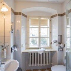 Отель Lippert Чехия, Прага - 9 отзывов об отеле, цены и фото номеров - забронировать отель Lippert онлайн ванная фото 3