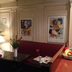 Отель The Townhouse Hotel Нидерланды, Амстердам - 1 отзыв об отеле, цены и фото номеров - забронировать отель The Townhouse Hotel онлайн гостиничный бар