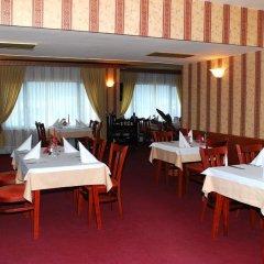 Отель Velbazhd Болгария, Кюстендил - отзывы, цены и фото номеров - забронировать отель Velbazhd онлайн питание