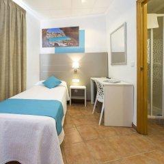 Отель Hostal Adelino детские мероприятия