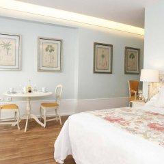 Отель Alecrim Ao Chiado Лиссабон комната для гостей фото 3