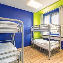 Отель Generator Berlin Prenzlauer Berg Кровать в общем номере с двухъярусной кроватью фото 15