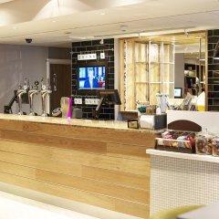 Отель Holiday Inn LIVERPOOL CITY CENTRE Великобритания, Ливерпуль - отзывы, цены и фото номеров - забронировать отель Holiday Inn LIVERPOOL CITY CENTRE онлайн питание фото 3