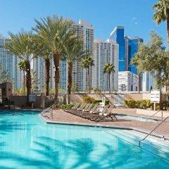 Отель Hilton Grand Vacations on Paradise (Convention Center) бассейн