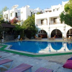 Yildiz Hotel бассейн фото 2