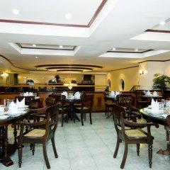 Отель Berjaya Makati Hotel Филиппины, Макати - отзывы, цены и фото номеров - забронировать отель Berjaya Makati Hotel онлайн питание
