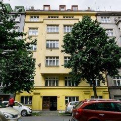 Апартаменты Flying Bed Apartment close to Castle Прага парковка