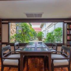 Отель Wora Bura Hua Hin Resort and Spa развлечения
