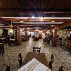 Отель Dumanov Болгария, Банско - отзывы, цены и фото номеров - забронировать отель Dumanov онлайн питание фото 2