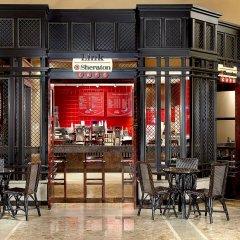 Отель Sheraton Centre Toronto Hotel Канада, Торонто - отзывы, цены и фото номеров - забронировать отель Sheraton Centre Toronto Hotel онлайн гостиничный бар
