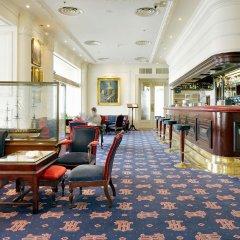 Hotel Londres y de Inglaterra гостиничный бар