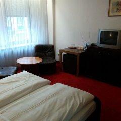 Hotel Beyer комната для гостей