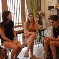Nivas Siam Hostel Бангкок гостиничный бар