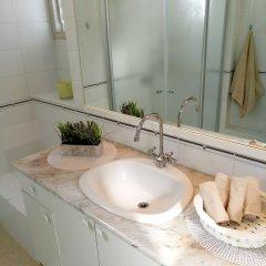 Отель Wonderfully apt. in Tel Aviv-5 min Beach Тель-Авив ванная