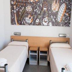 Barcelona Pere Tarrés Hostel Стандартный номер с различными типами кроватей фото 3
