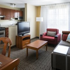 Отель TownePlace Suites Milpitas Silicon Valley комната для гостей фото 5