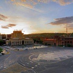 Отель Marriott Armenia Hotel Yerevan Армения, Ереван - 12 отзывов об отеле, цены и фото номеров - забронировать отель Marriott Armenia Hotel Yerevan онлайн парковка