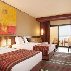 Отель Holiday Inn Resort Dead Sea, an IHG Hotel Иордания, Ма-Ин - 2 отзыва об отеле, цены и фото номеров - забронировать отель Holiday Inn Resort Dead Sea, an IHG Hotel онлайн комната для гостей фото 2